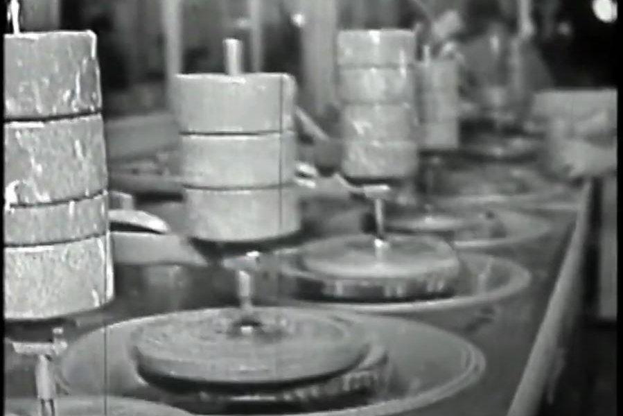 Quartz polishing tubs.JPG